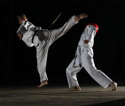 解放碑青少年跆拳道培训