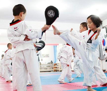 解放碑跆拳道培训
